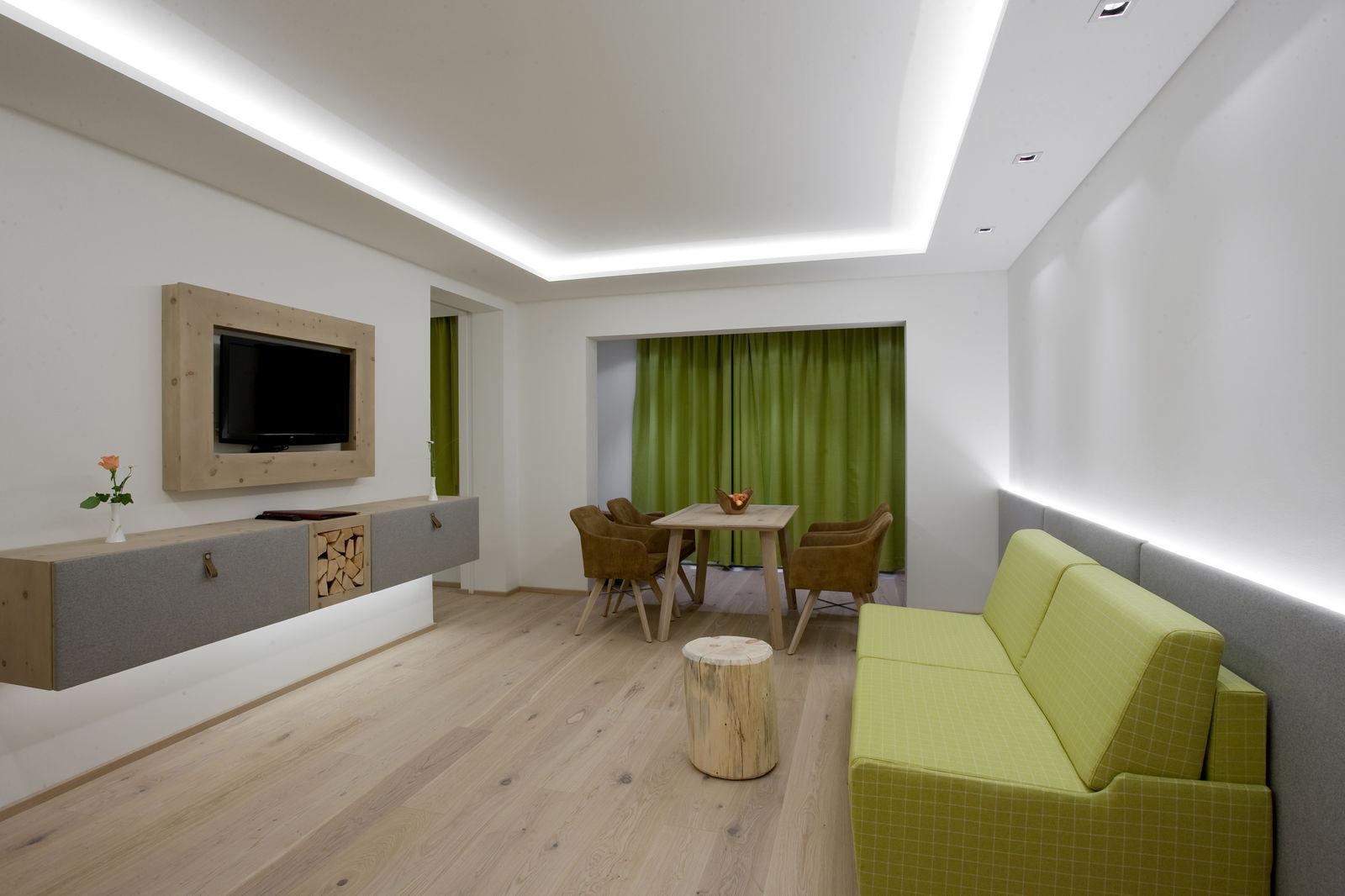 Hotel Thierseehof Tirol Lightrooms 2f Hotellicht